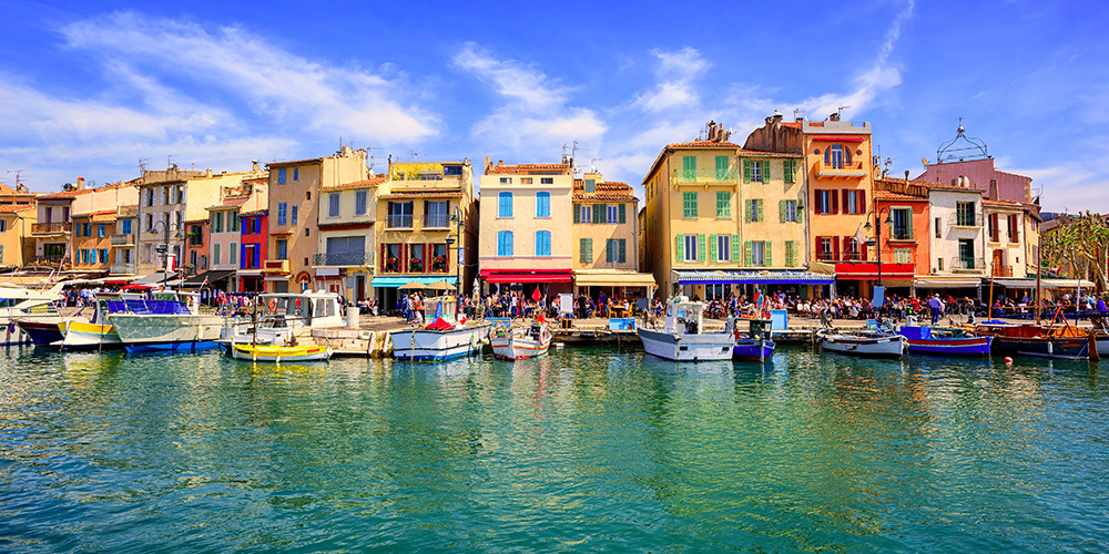 Cassis old town port promenade