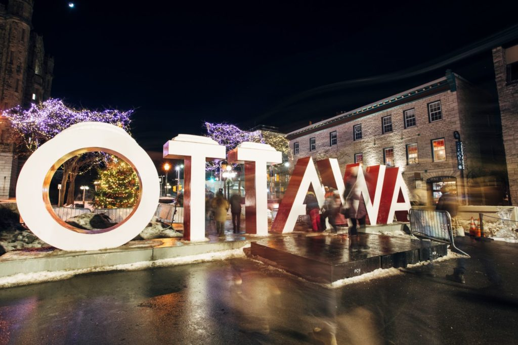 Byward Market Ottawa Sign