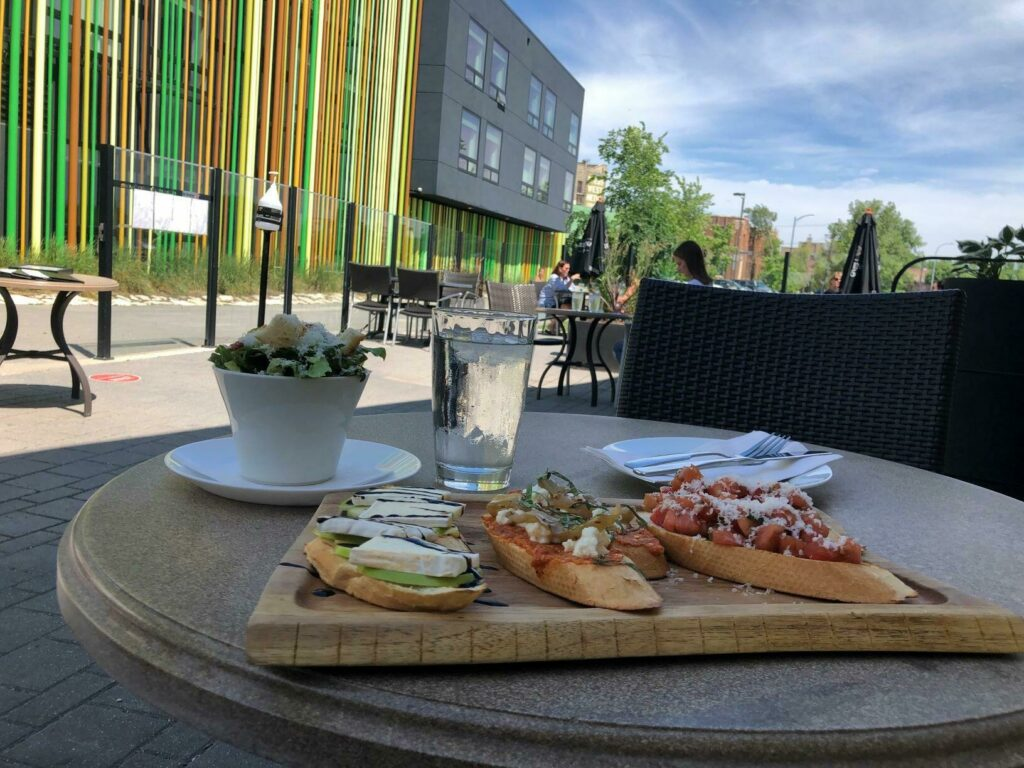 Cibo Waterfront Cafe 3 Credit Travel Manitoba