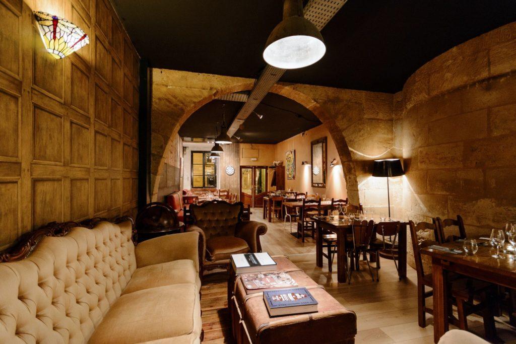 Le Chien De Pavlov Restaurant In Bordeaux
