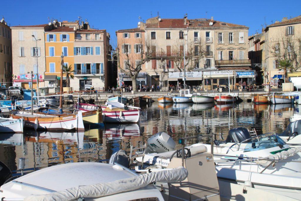 Jeanne Menjoulet Le Vieux Port E1499085725180