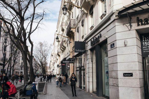 Bellecour Shopping 2