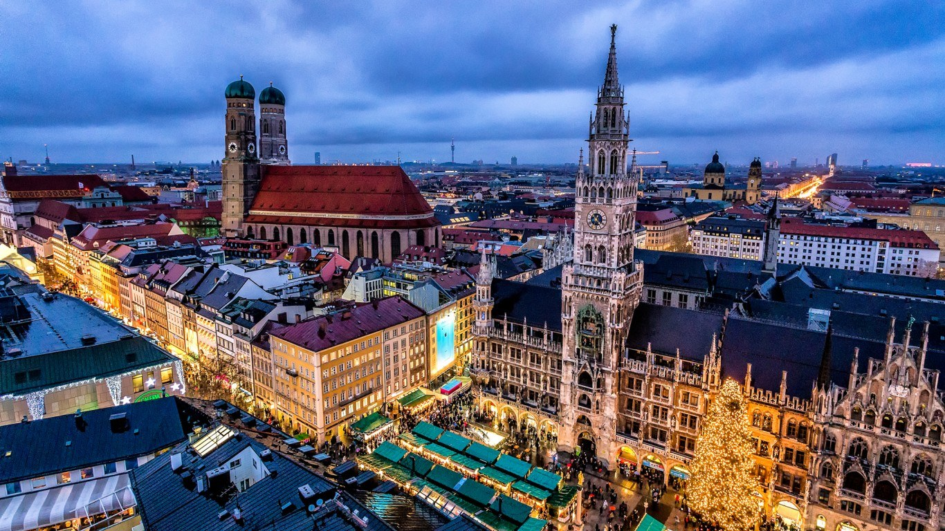 Munich Christmas Market.Munich Christmas Market On Marienplatz 2019 Travel Top 6