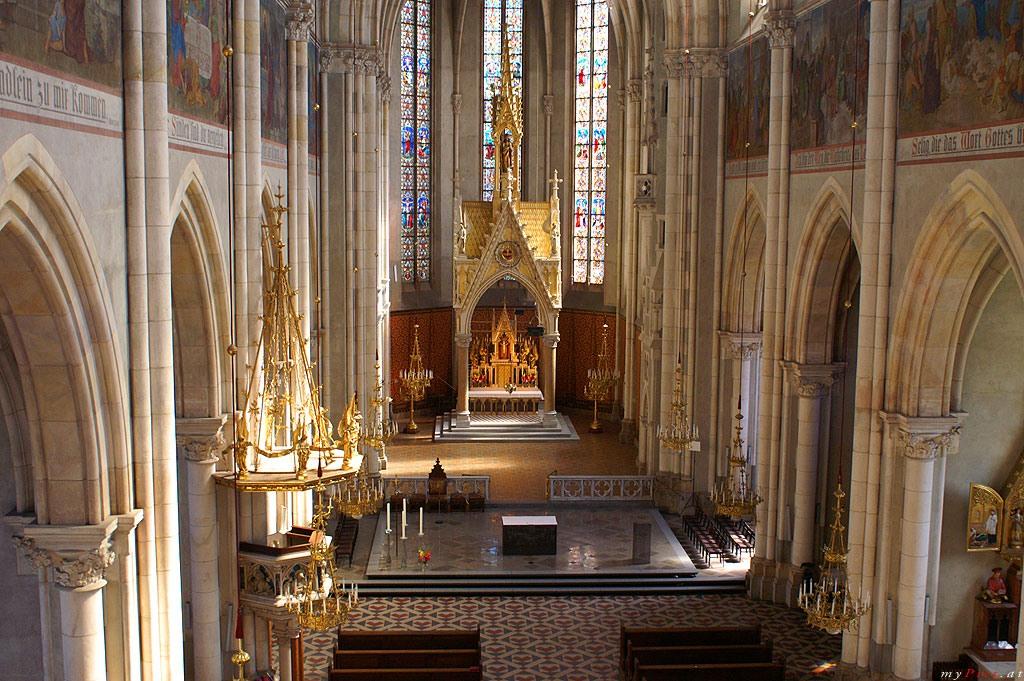 Herz Jesu Kirche   Travel Top 6™