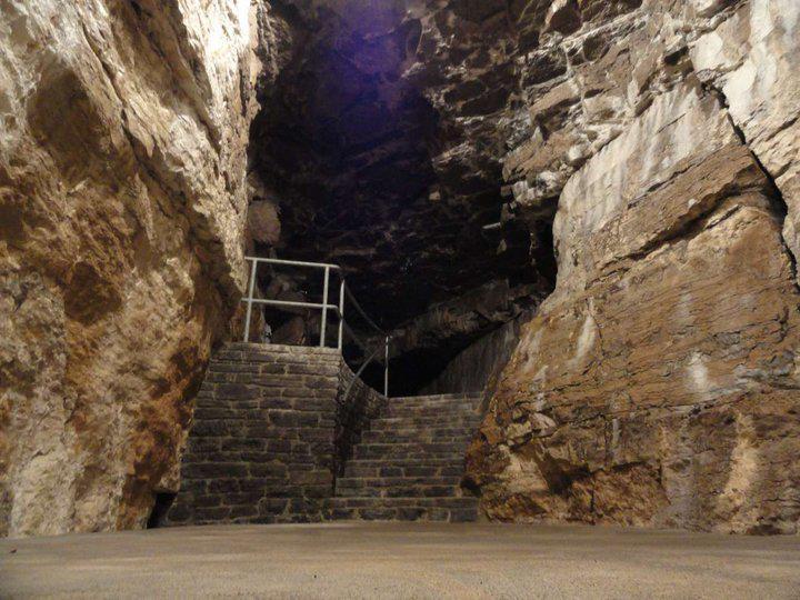 Tyendinaga cave 5